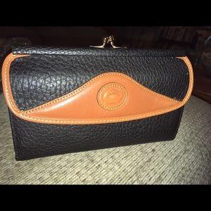 New Vintage Dooney & Bourke Leather Wallet